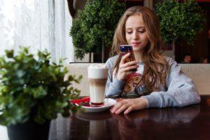 Digital selling targeting smartphone users can increase your sales